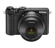 Nikon 1 J5 Musta W/10-30MM PD Zoom