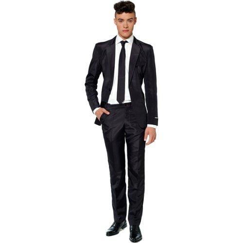 Mittatilausmuotia halvalla – näillä ohjeilla voit teettää täydellisen puvun edullisesti